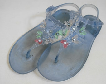 06b603ece498 Plastic jelly shoes