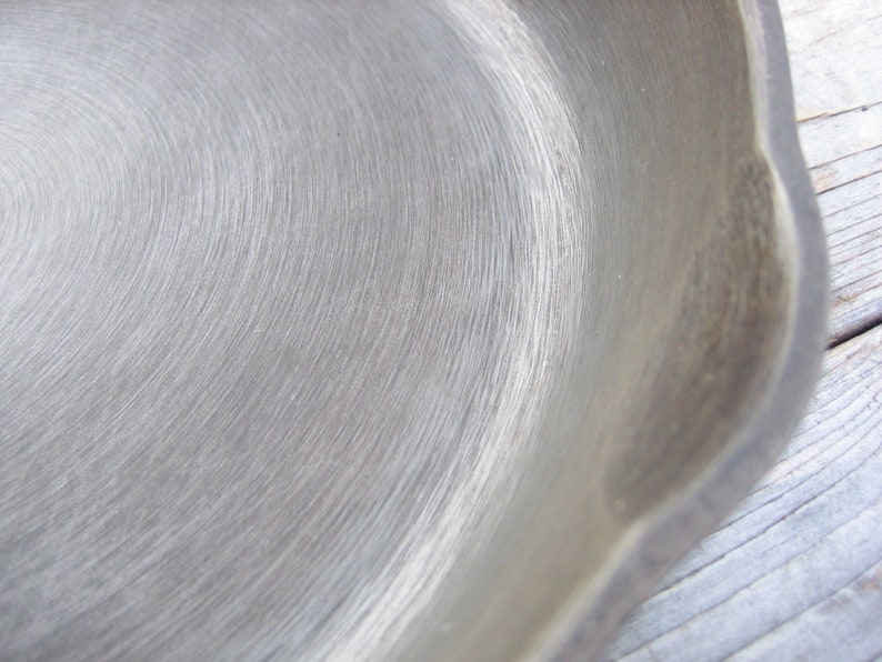 10 12 in. Wagner/'s 1891 cast iron skillet