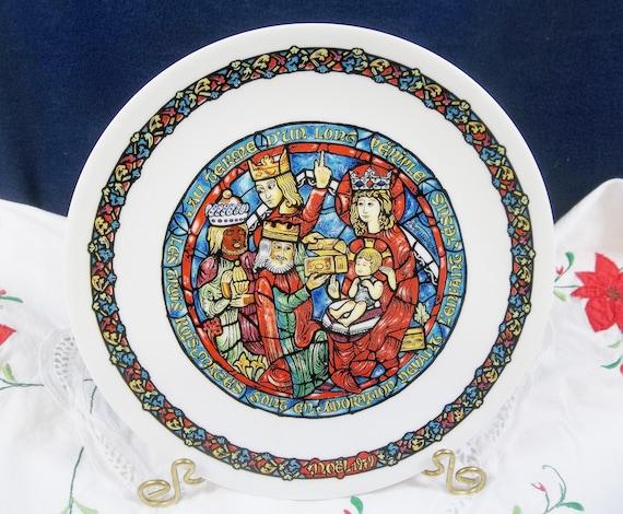 Noel Vitrail Dans La Creche #2 Collector Plate