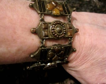 Vintage Metal Bracelet with Stones and Push in Tounge Clasp -Vintage Jewelry - Bracelets - Chain and Link Bracelet - Christmas Gift For Her