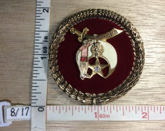 edecd834617 Vintage Gold Toned Pendant Zem Zem Shriners 1978 White Red Enamel Used