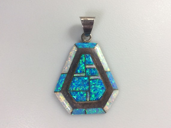 Vintage 925 Sterling Silver 9g Pendant Triangle Blue Synthetic Opal Used Old Pawn