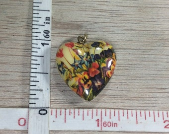 Vintage Heart Pendant Floral Decal On Plastic Used