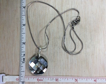 """Vintage 18"""" Necklace Pendant Mother Of Pearl Used"""