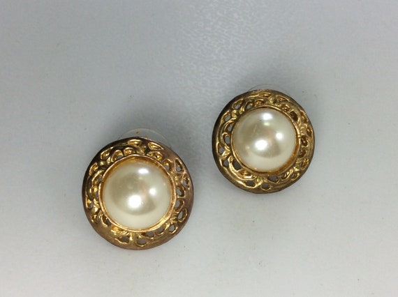 Vintage Post Earrings 925 Sterling Silver 5.3g Round Design With Faux Pearl Used
