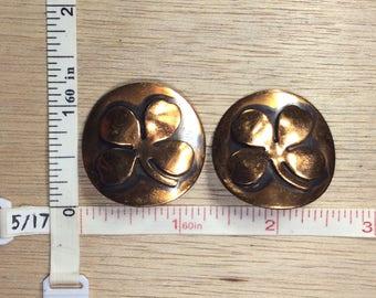 Vintage Copper Toned Disc Shamrock 4 Leaf Clover Clip On Earrings Used