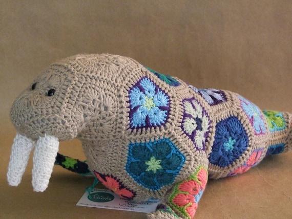 Heidi Bears: Nellie the Elephant African Flower Crochet Pattern ... | 427x570