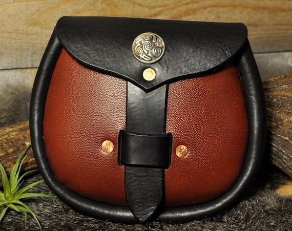 Leather Belt Bag, Leather Sporran, Kilt Bag, Kilt Pouch, Scottish Bag, Celtic Bag, Viking Pouch, Larp Bag, Men's Bag, Kit Bag