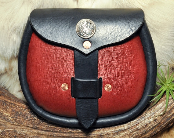 Sporran - Belt Bag - Leather pouch - Kilt Bag - Viking Bag - Scottish - Celtic