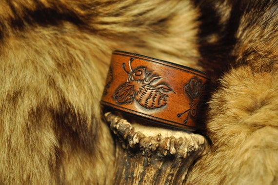 Leather Bracelet - Honey Bee Bracelet - Bumble Bee Bracelet - Tooled Leather - Western Cuff