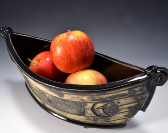 """Large """"Dory"""" Shaped Long Serving bowl with Gloss Black Patent glaze and stained and textured exterior"""
