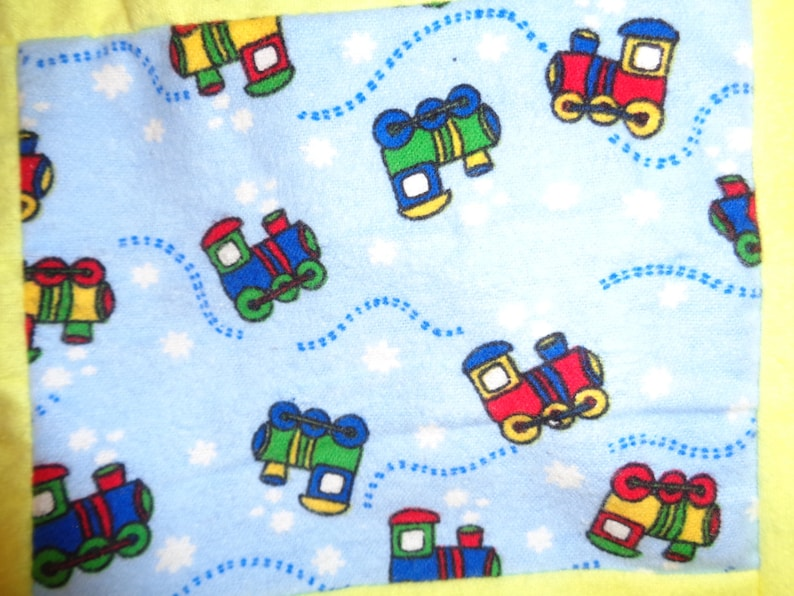 Children/'s Little Train Blanket  Old Fashioned Quilt for Babies and Toddlers