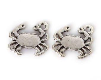 Crab Charm  Beach Charm   Silver Pendant   DIY Charm   Antique Silver    Jewelry Supplies   Pewter Necklace Charm   Sea Charm   Seafood Charm