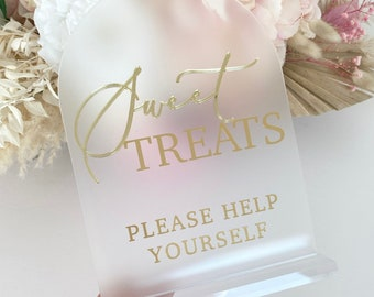 3D Sweet Treats Sign- Love is Sweet please take a Treat Sign- Perspex Wedding Sign- Frosted Wedding Sing- Size A5- Gold, Silver, Rose Gold