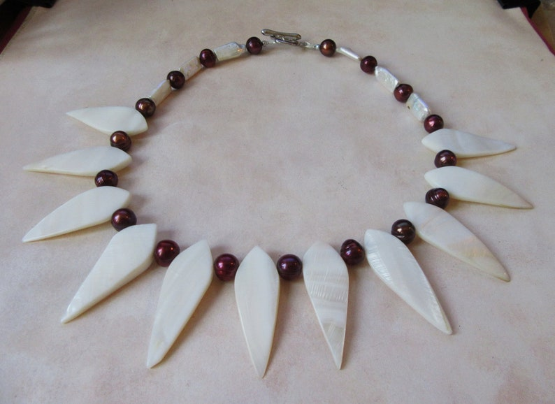 silver colored magnetic  Closure. Mother of Pearls Teardrop Beads Necklace with burgundy cultured Freshwater Pearls and MOP