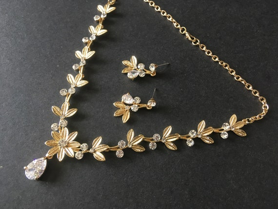 Gold Flower Bridal Wedding Necklace Bridal Jewelry Set Etsy