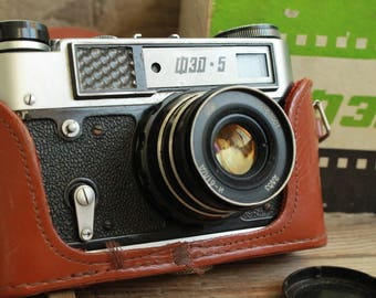 rare camera / vintage collectible camera / Old Vintage Soviet  Camera  Fed-5 / with lens Industar - 61 L/D  /  in original box / ФЭД СССР
