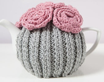 Silver Grey Hand Knit Tea Cozy with Pink Crocheted Flowers. Teapot Cozy. Teapot Cover. Hand Knit Tea Cozy. Tea-Lovers Gift.