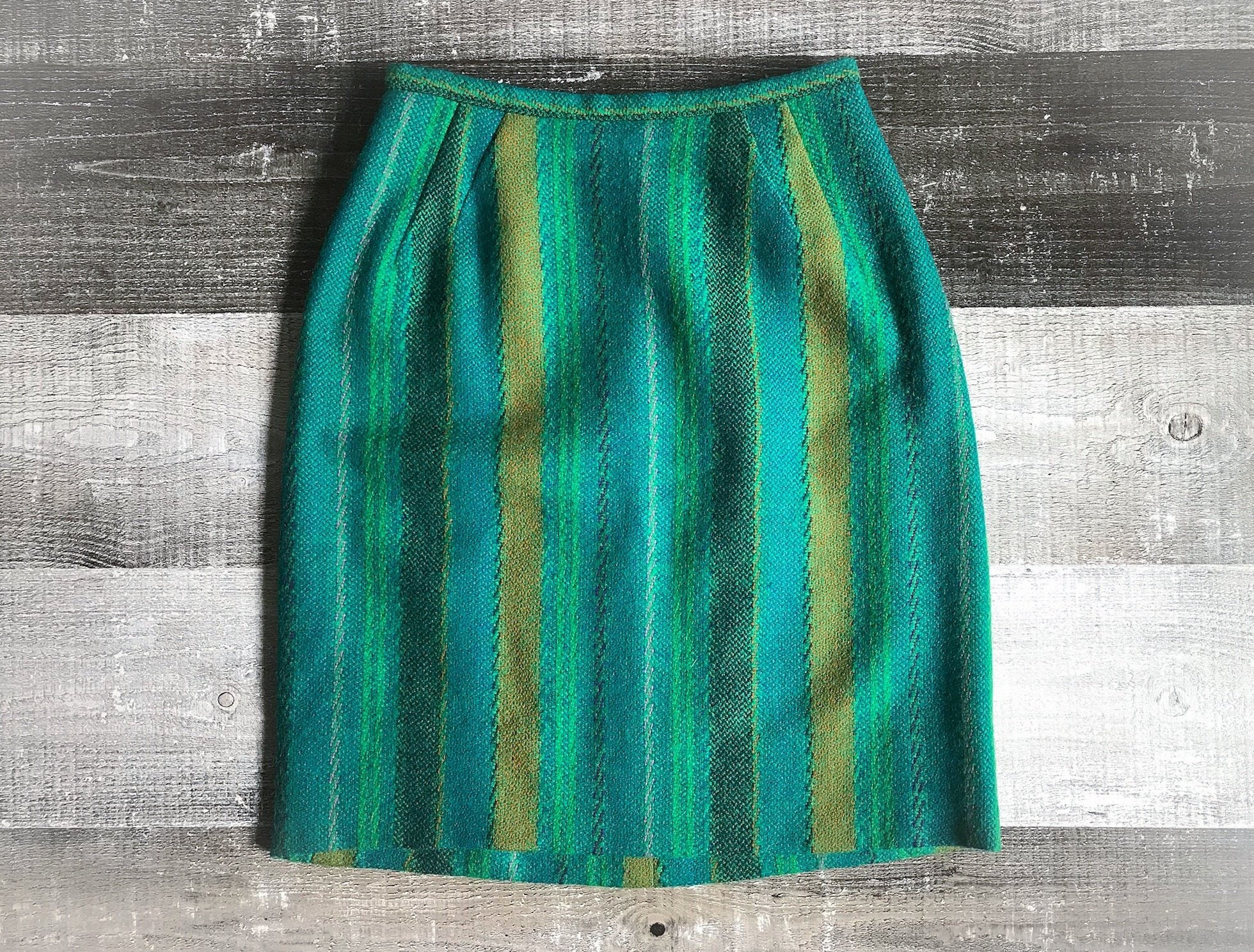 bb6c89dc6f emerald green skirt   eBay