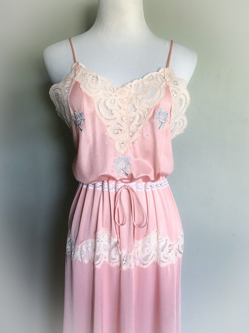 9bebf55c5c Vintage Pink Lace Nightgown Slip Dress Sexy Satin Lingerie Floral Pastel  Antique Style Lace Spaghetti Strap Valentine s Day Gift Size Medium