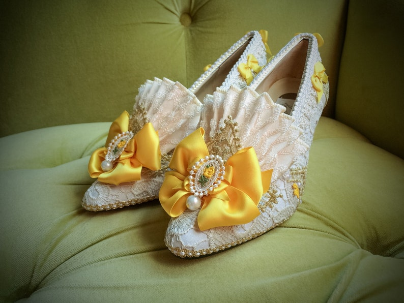 b1e4165313caf Outlander Inspired Marie Antoinette Heels Shoes Yellow Satin Rococo Baroque  Costume Ivory Lace Bridal Gold Pearl Fantasy Wedding Cosplay