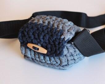 Denim and blue camera case, t-shirt yarn camera case. Medium size. For compact cameras