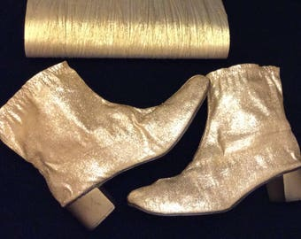 8f41bcd9824 60s mod ankle gold boots booties metallic booties size 9 to 9.5 funky retro  bag set