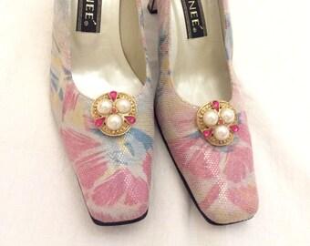 9abec6532adf6 Floral wedding shoes   Etsy
