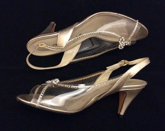 5231bf414ce26a Vintage clear plastic rhinestones bling heels size7 Charles Randall leather  sole retro