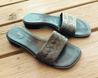 Vintage leather sandals flats flat Italian Italy size 7