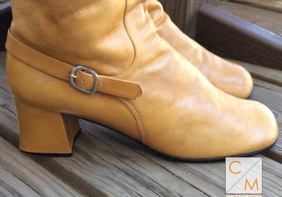 Go go boots size 7.5 leather platform 60s mod bana