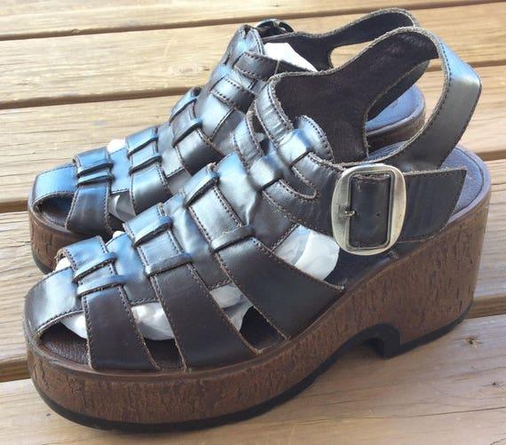 Vintage platform sandals shoes size 8