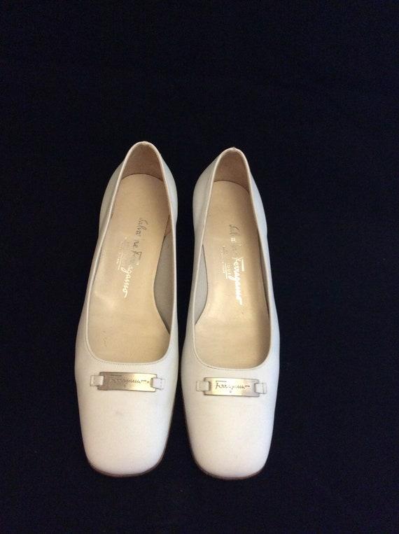 Square toe vintage flat heel Ferragamo shoes block