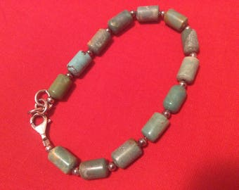 Vintage turquoise bracelet green blue beads