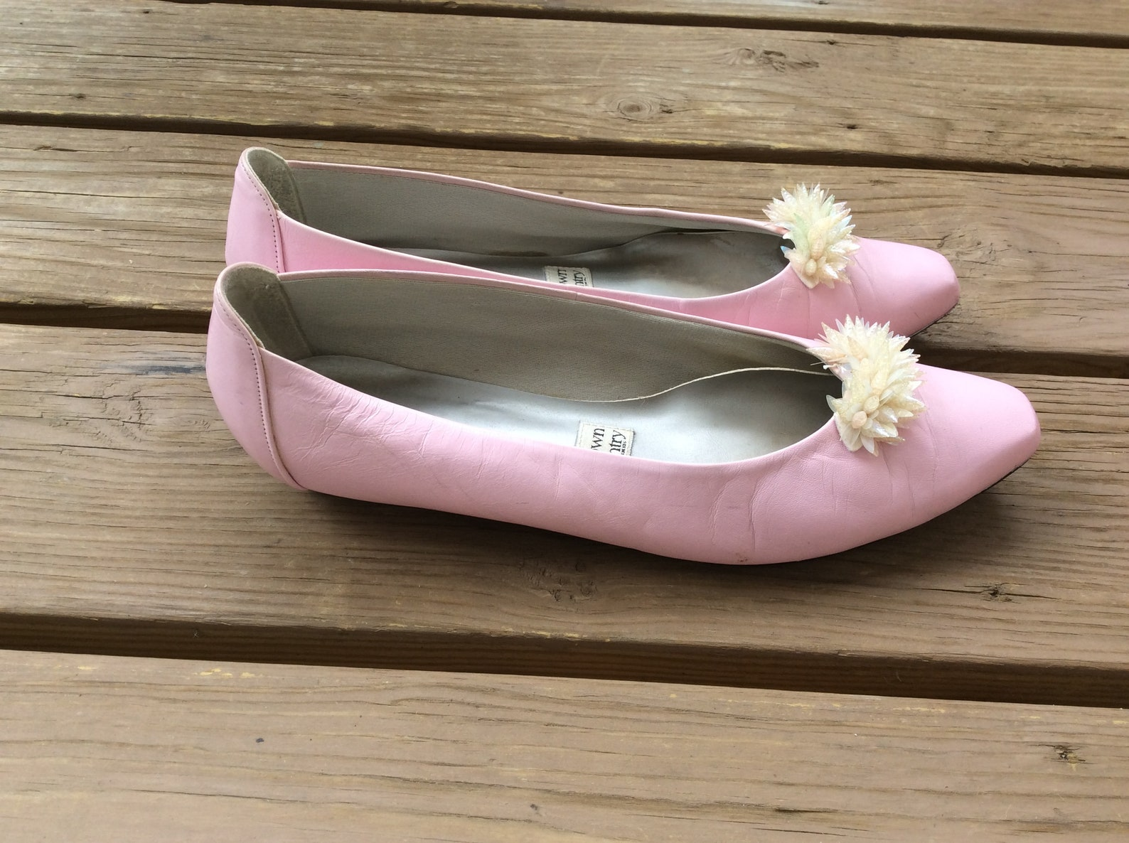 flat pink leather ballet shoes size 9.5 retro wedding flats pastel funky town country