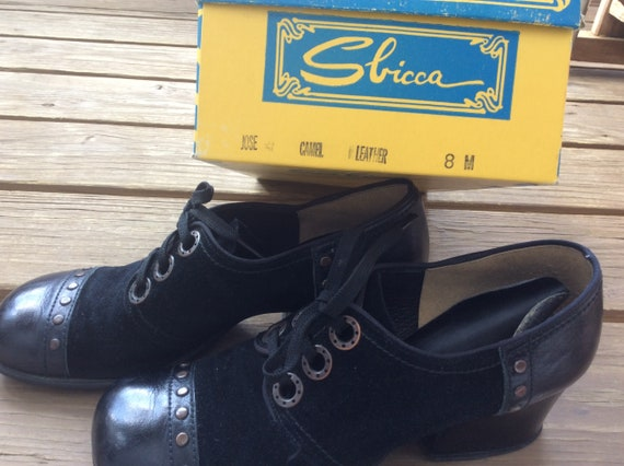 True Vintage Sbicca 60s Mod laceup heels shoes loa