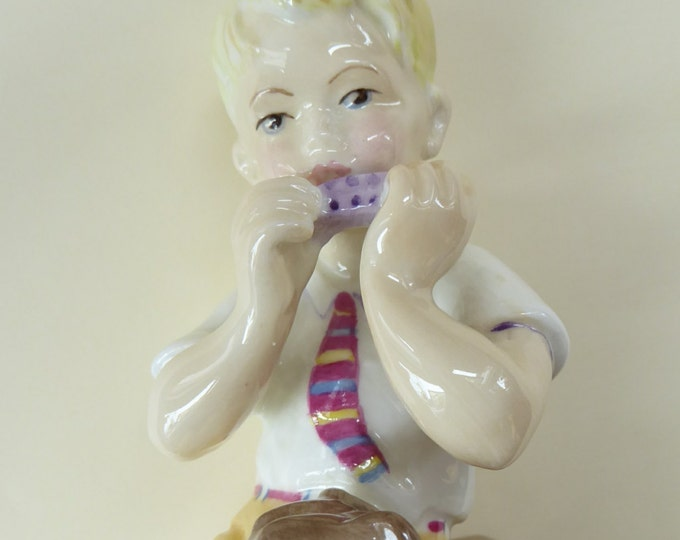Royal Worcester Figurine JUNE. Modelled by Freda Doughty. No. 3456. PRISTINE