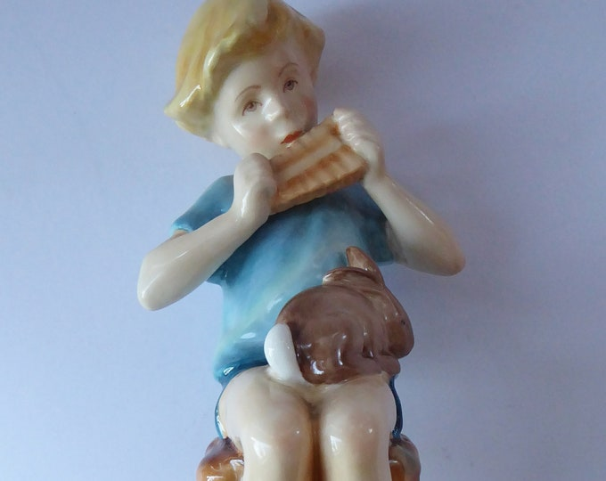 ROYAL WORCESTER Figurine. Vintage Peter Pan Figure by Frederick Gertner (No. 3011). Perfect Condition