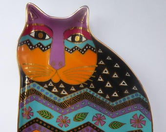 LAUREL BURCH Cat Shape Porcelain Plate by Royal Doulton for Franklin Mint. Limited Edition 1995 Tapestry Tabbies