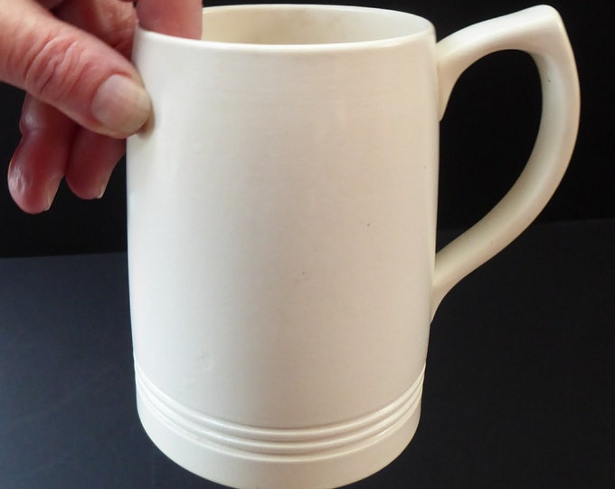 1940s KEITH MURRAY for Wedgwood. Large Mug or Tankard. Fine Vintage Condition in Moonstone Glaze