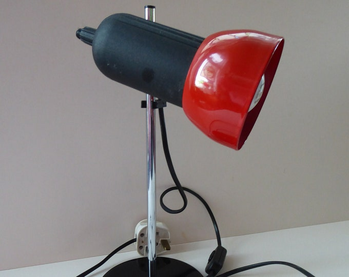 VINTAGE 1970s / 1980s  Red Enamel Metal Desk Lamp with Finger Switch. Good Condition