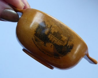 Antique 19th Century MAUCHLINE Ware Miniature Scottish Drinking Quaich. With Image of Inveraray Castle
