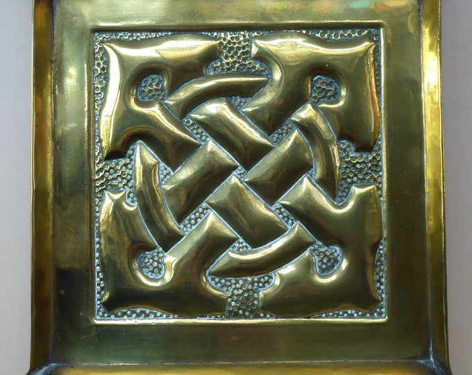SCOTTISH Celtic ARTS & CRAFTS Miniature Repousee Brass Tray with Interlocking Knotwork Design. Alexander Ritchie