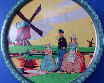 Interesting Dutch Biscuit Tin, probably 1930s or 40s. Unusual Art Deco Design