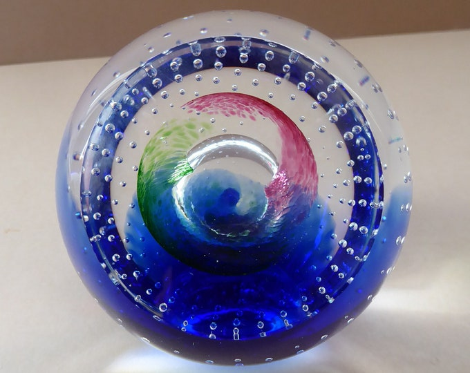 Fine SCOTTISH PAPERWEIGHT. Limited Edition by Caithness Glass with Bubble Inclusion and Faceted Window Panel