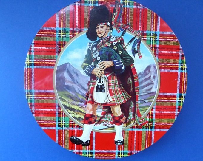 1960s Vintage SCOTTISH SHORTBREAD Tin with Tartan background with Central Piper Motif