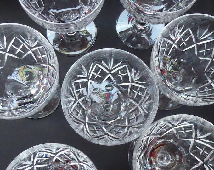 Vintage EDINBURGH CRYSTAL 1950s Claret Glass with stylish Lochiel Pattern. Etched mark to base