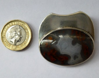 SCANDINAVIAN Solid Silver Brooch or Pin Inset with a Large Agate Stone. Signed with inititals: R.F.H