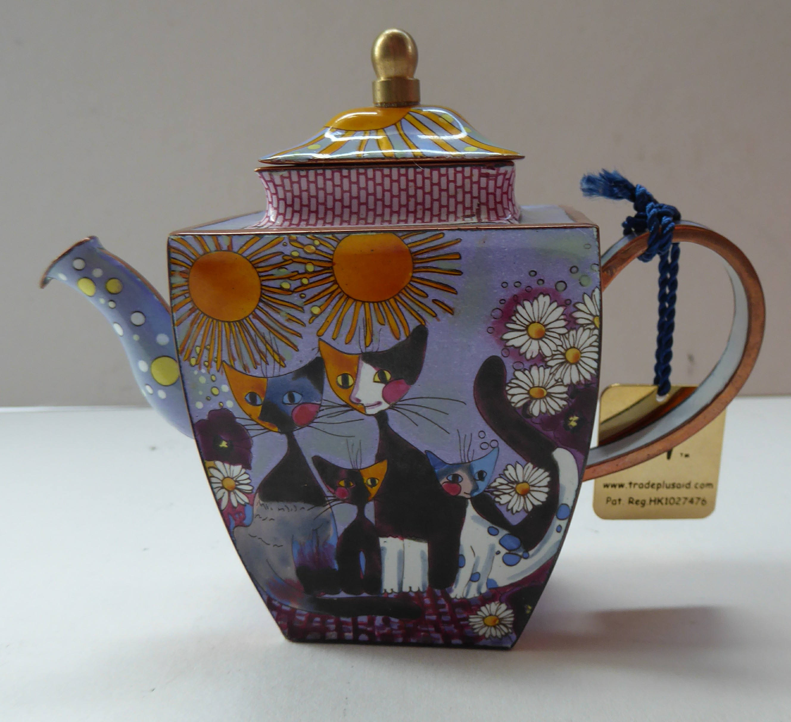 Collectable & Boxed Charlotte di Vita CAT FAMILY Enamel Teapot for
