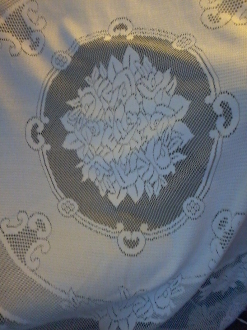 Large Round Table Cloth.Large Round Lace White Table Cloth